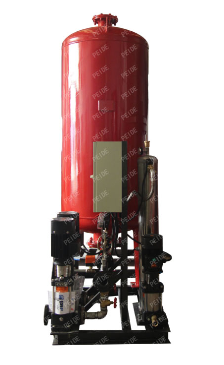 Side view of automatic pump controlled pressurisation unit with pressure tank & independent vacuum deaerator