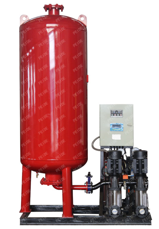 Front view of automatic pump controlled pressurisation unit with pressure tank & independent vacuum deaerator