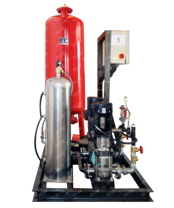 Side view of automatic pump controlled pressurisation unit with expansion tank & independent vacuum deaerator